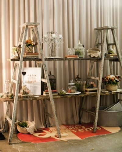 10 Ingenious Ways to have a Yard Sale without Tables